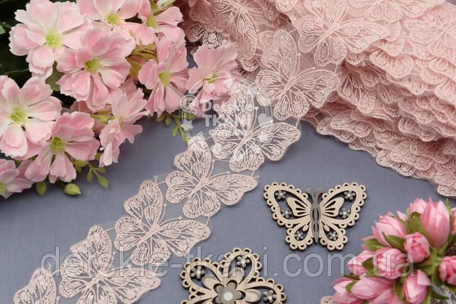 розовые бабочки кружево