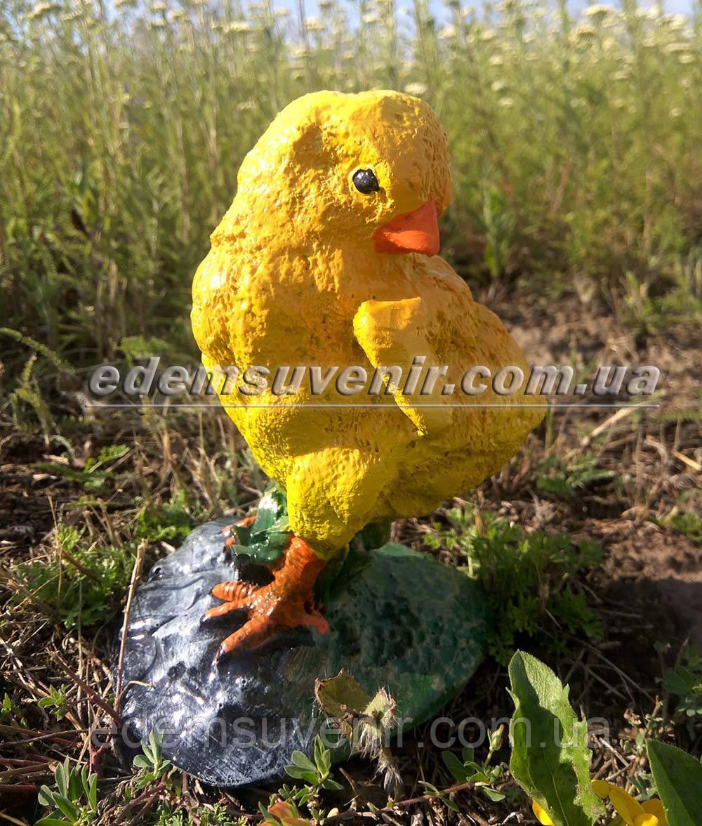 Садовая фигура Цыпленок