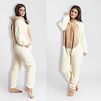 Молочная модная стильная цельная женская махровая уютная теплая пижама  Кигуруми с бежевой вставкой. Арт- 745326125154f