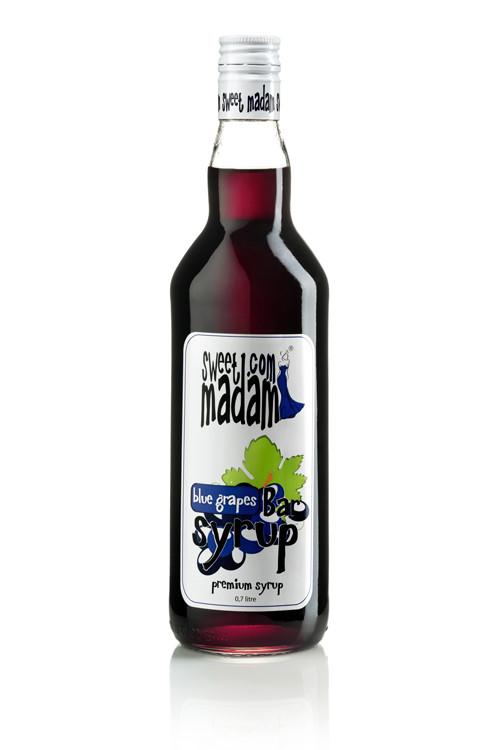 Сироп синий виноград Sweet Madam 0,7 л.