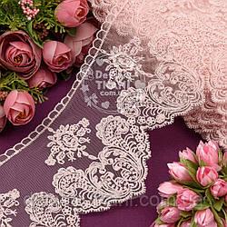 Кружево с цветочками и узорными листьями розового цвета, ширина 11 см.