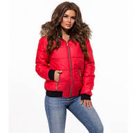 Короткая куртка с капюшоном и меховым воротником красная 42 f3a67ed817e2b