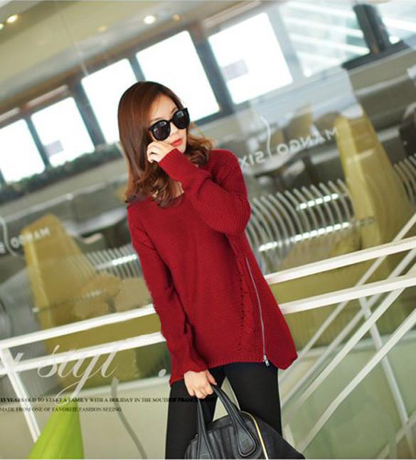 Женский свитер с молниями ,