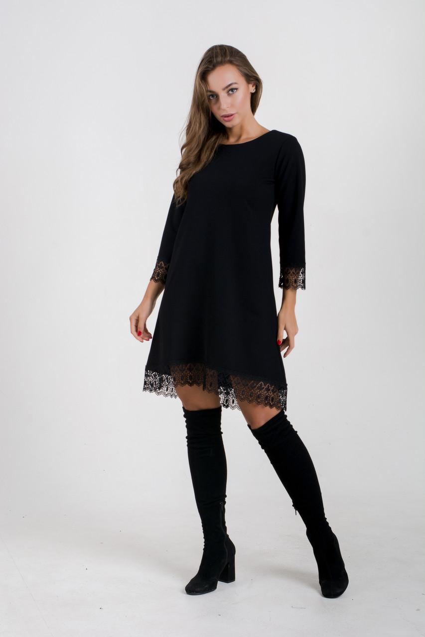 Коктейльное платье с кружевом