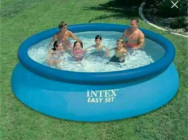 Бассейн семейный 28130 INTEX