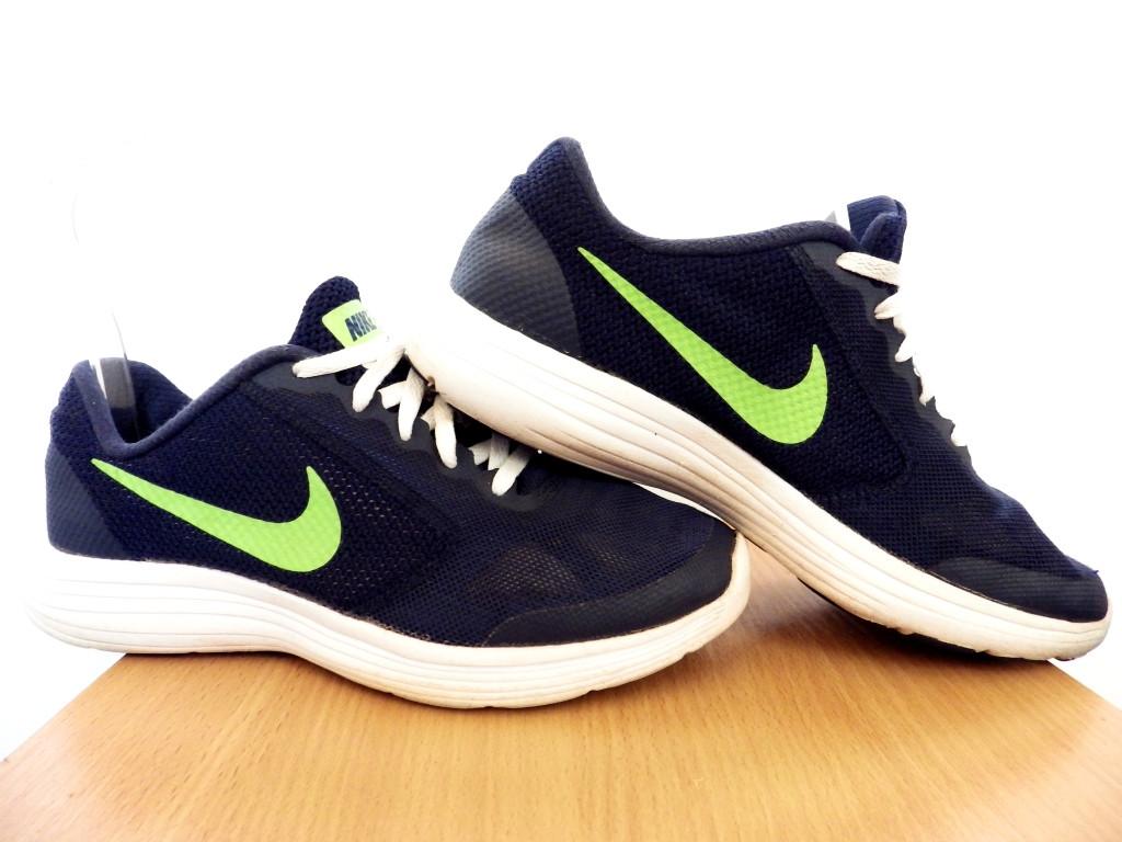Кроссовки беговые Nike Revolution 3 GS100% ОРИГИНАЛ р-р 38 (24см) (Б/У, СТОК) original лёгкие сетка