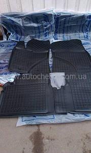 Качественные черные резиновые коврики на Toyota Avensis III, автогум