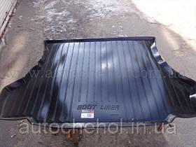 Качественный черный резиновый ковер в багажник ВАЗ 2114