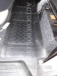 Резиновые коврики второго ряда на Ford Transit, Польша