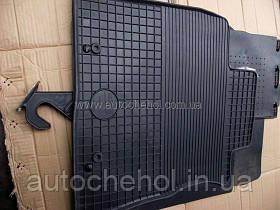 Черные резиновые коврики в салон Toyota Avensis 3. DOMA