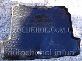 Черный качественный коврик в багажник Renault Megane