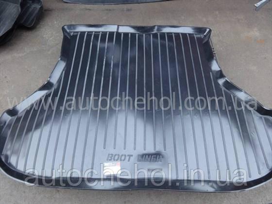 Черный качественный коврик в багажник VAZ 2110