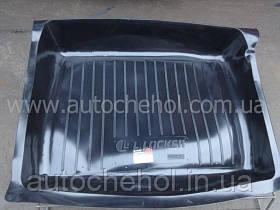 Черный качественный коврик в багажник ВАЗ 2106