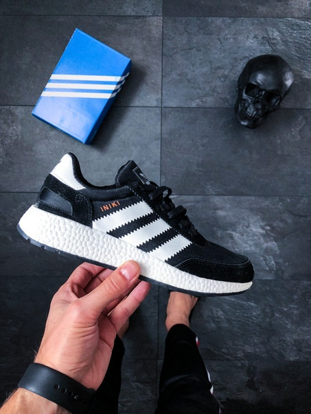 Мужские кроссовки Adidas Iniki Runner Black / White топ реплика