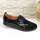 Туфли женские комбинированные из натуральной замши и лаковой кожи, на шнурках, фото 2