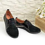 Туфли женские комбинированные из натуральной замши и лаковой кожи, на шнурках, фото 3