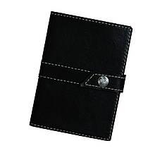 """Обложка для паспорта и карт кожаная закрывается на кнопку """"Boos"""" (Арт Кажан). Цвет черный"""