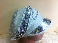 Стильная кепка из буклированной шерсти украшенная пайетками и декоративной сеткой