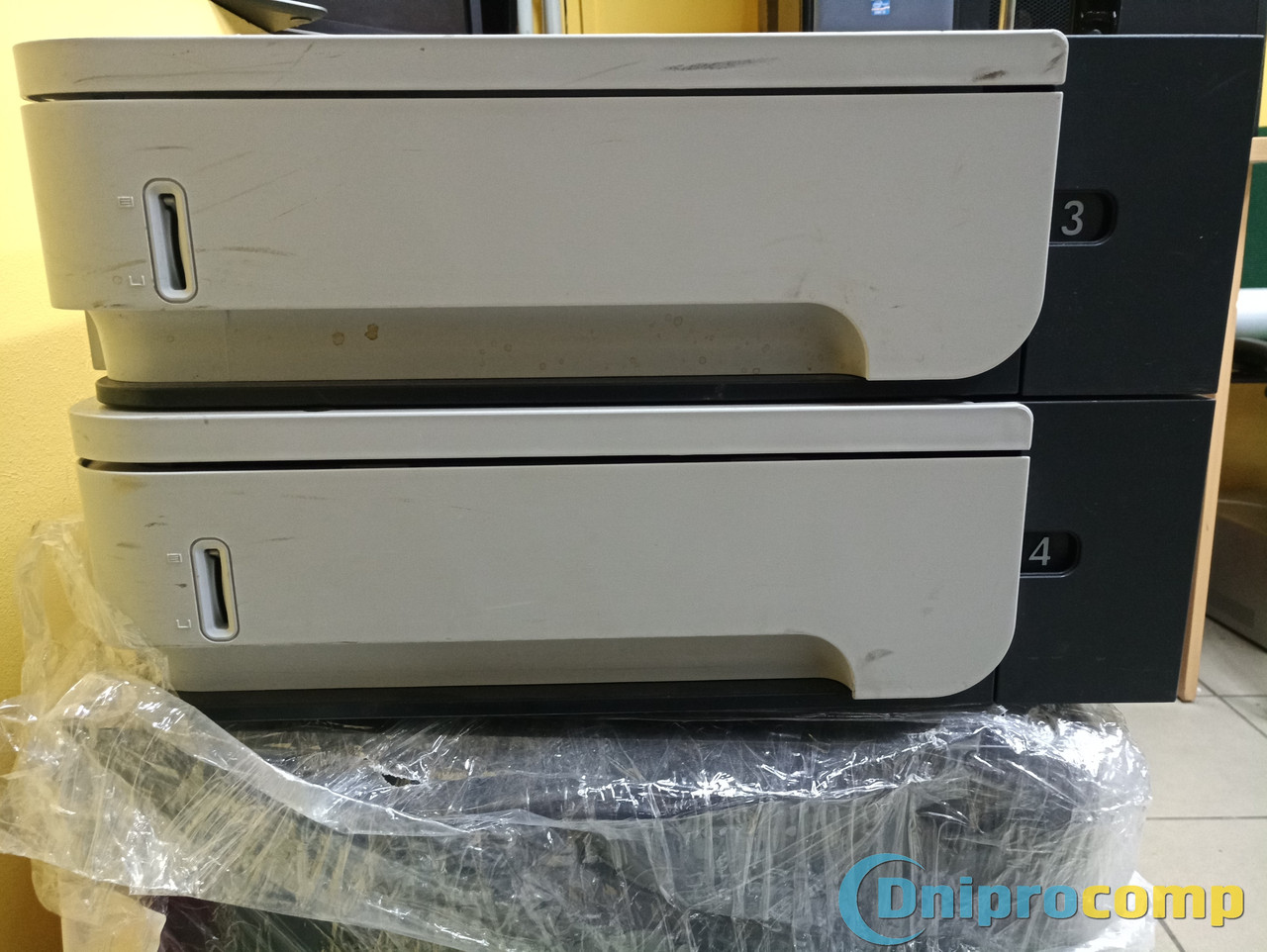 Дополнительные лотки для принтера HP LaserJet 600 M602dn