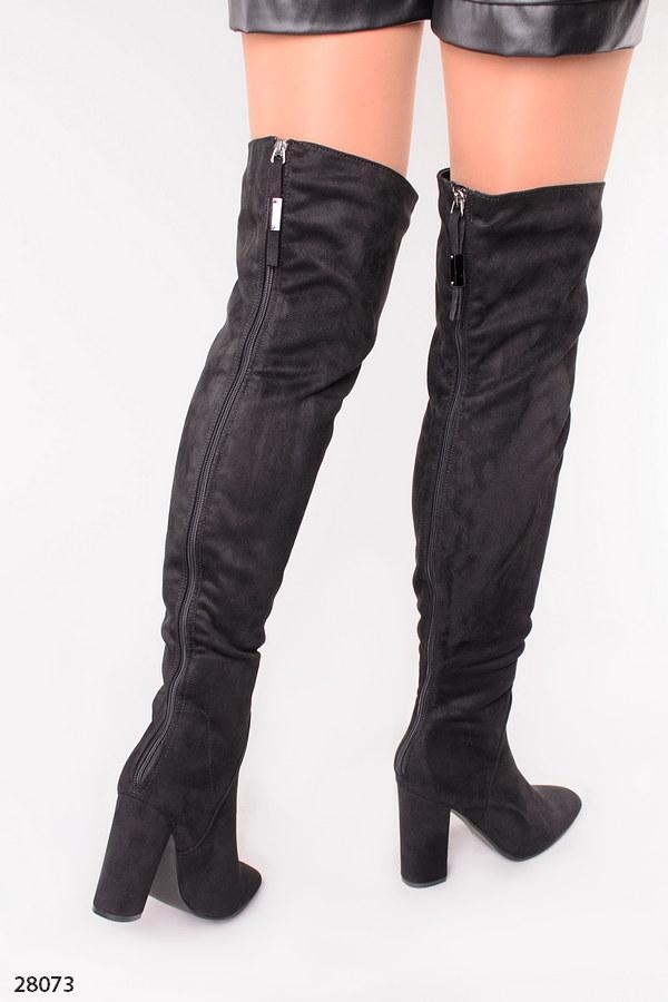 Женские черные демисезонные ботфорты сзади молния на каблуке 10 см эко- замш высота 56 см