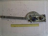 Стеклоподъемник ЗиЛ-130 левый (130-6104011)
