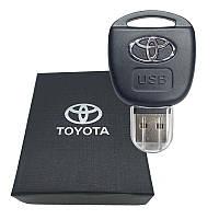 USB флешка с логотипом Тойота (Toyota) в подарочной коробке 32 гБ.