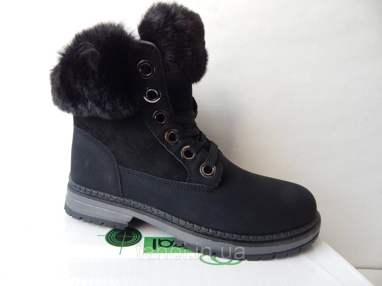 Ботинки молодежные женские теплые зимние