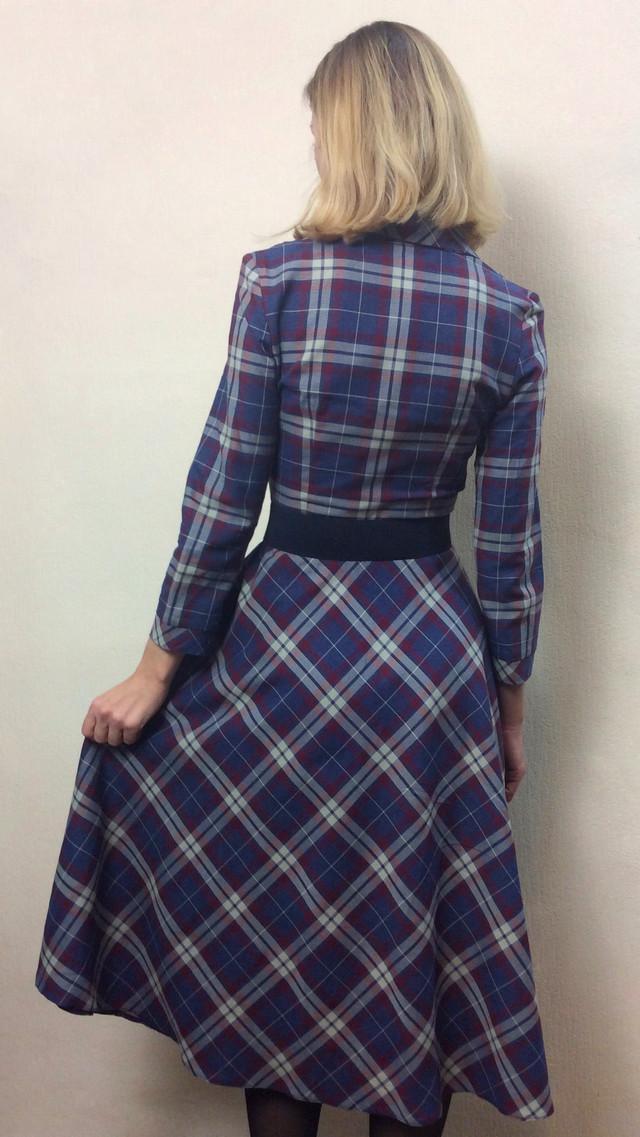 Платье женское в клетку полуклеш П221