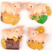 Магнит на холодильник Свинка денежная