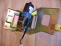 Моторчик стеклоочистителя в сборе с кронштейном (24V) FAW-1051,1061 (Фав)