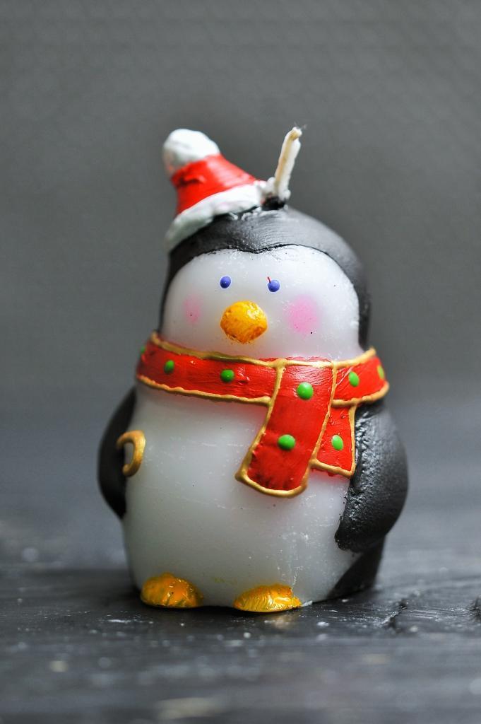 Новогодняя декоративная свеча 5шт/уп - Пингвин