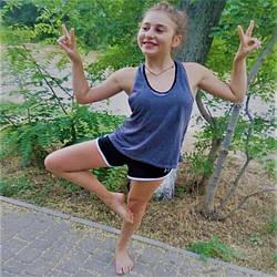 Одяг для фітнесу і йоги