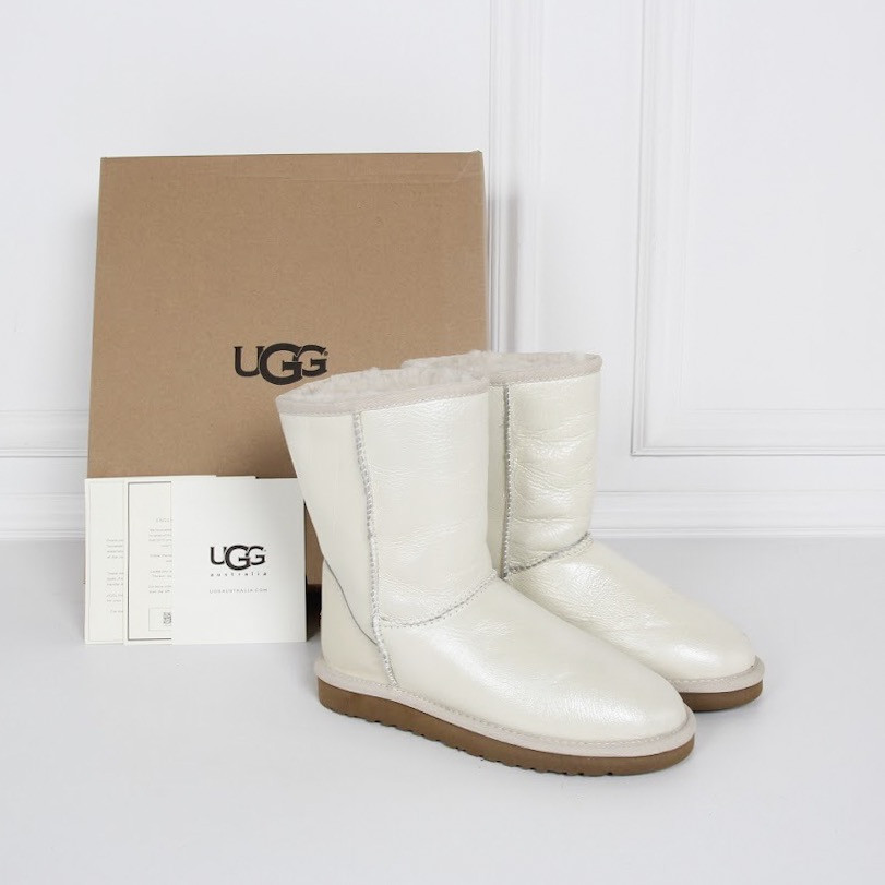 Белые UGG. Натуральная кожа. Оригинальные. Аналог