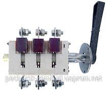 Рубильник трехполюсный ВР 32Д 35С 31250  250А с боковой смещенной рукояткой