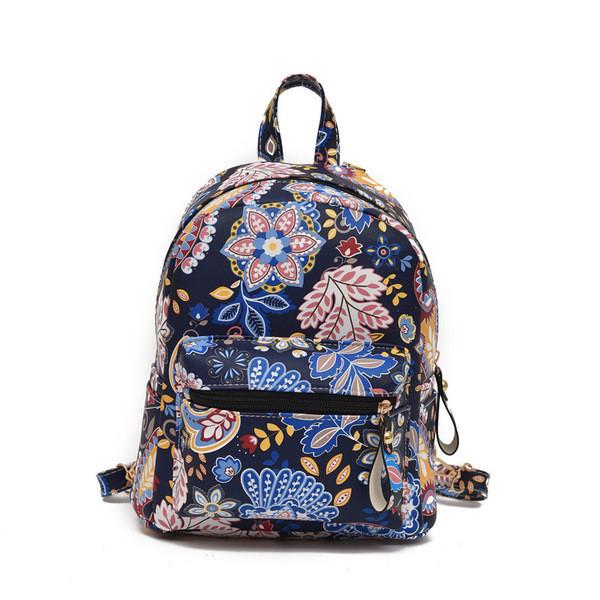 Черный объемный рюкзак Узоры