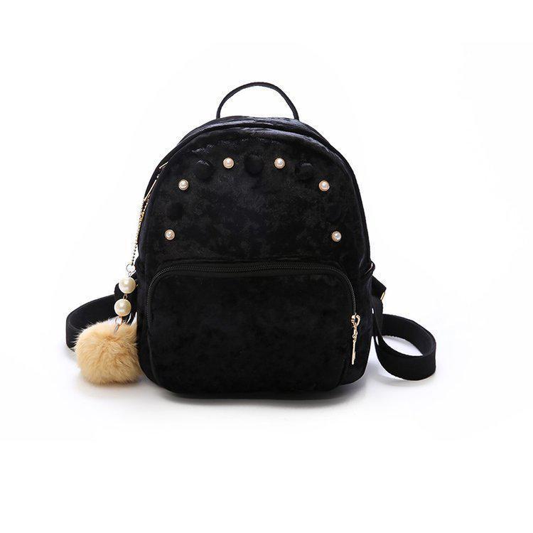 Черный бархатный рюкзак с жемчугом