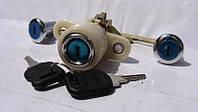 Замки дверей и багажника Волга 3110 3 замка +2 ключа (пр-во Россия)