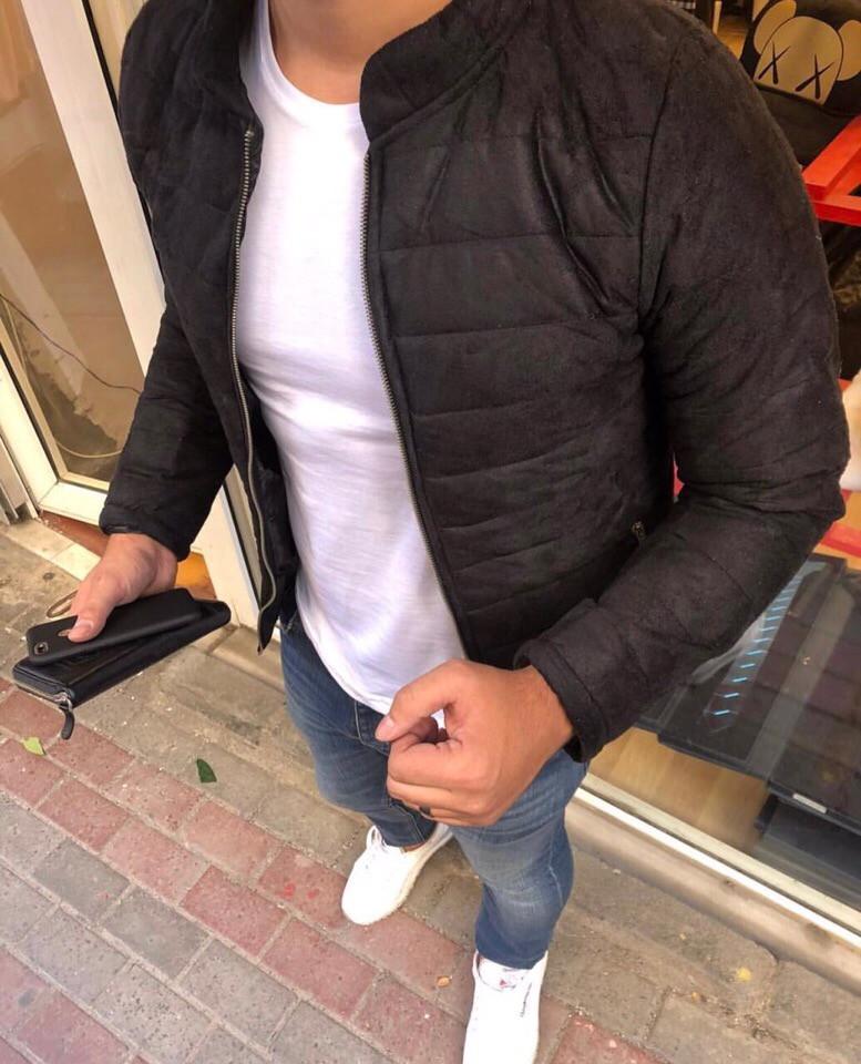Вельветовая куртка мужская черного цвета