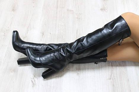 Зимние натуральные кожаные сапоги ботфорты на каблуке черные 39