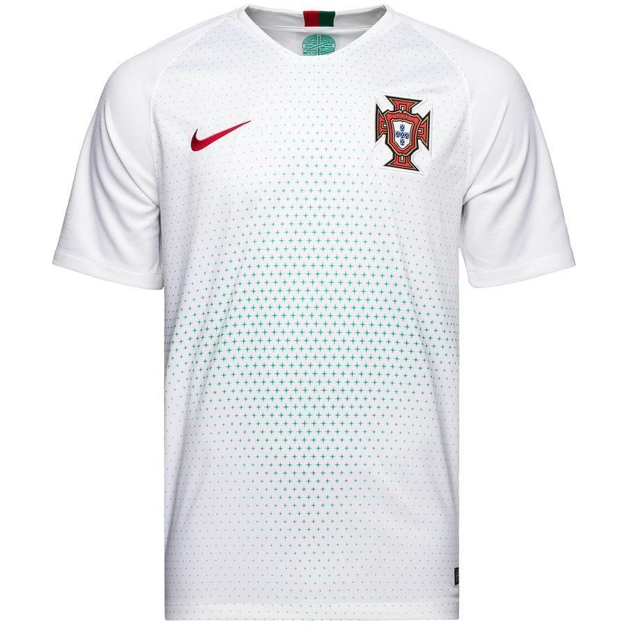 Форма футбольная сборная Португалия выездная