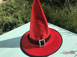 На маскарад, вечірку капелюх дитяча для образу відьмочки, чарівника червона з пряжкою на Хеллоуїн