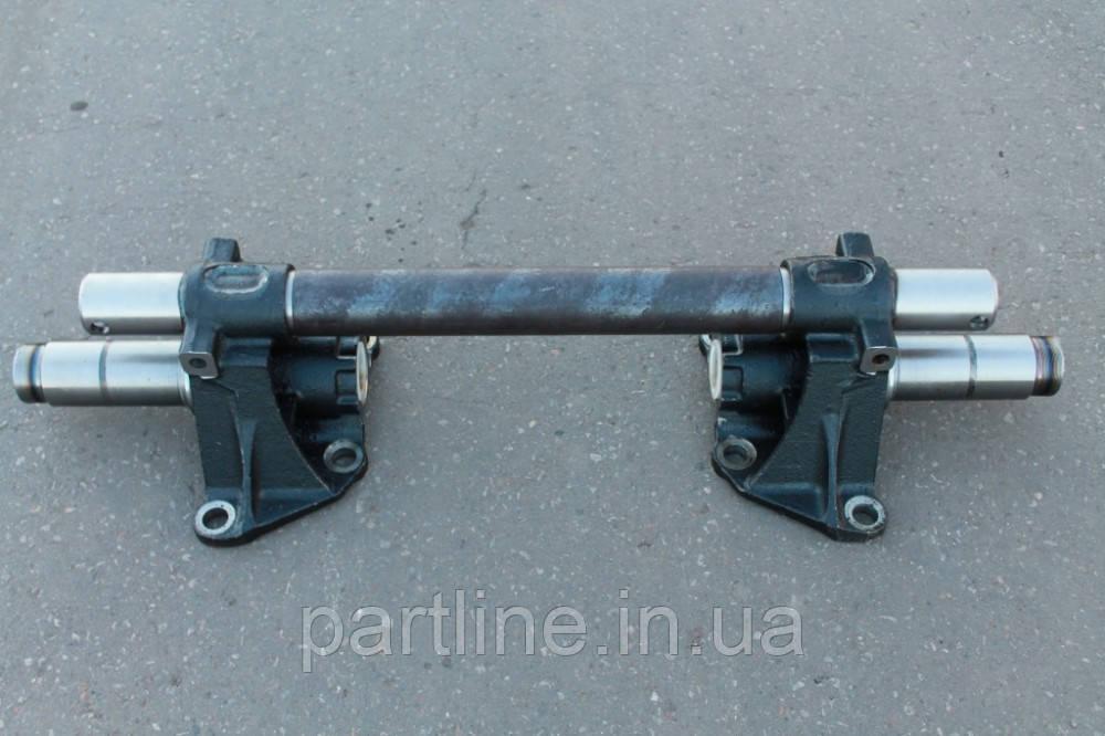 65115-2918050 Ось балансира задней подвески в сб. (15т)