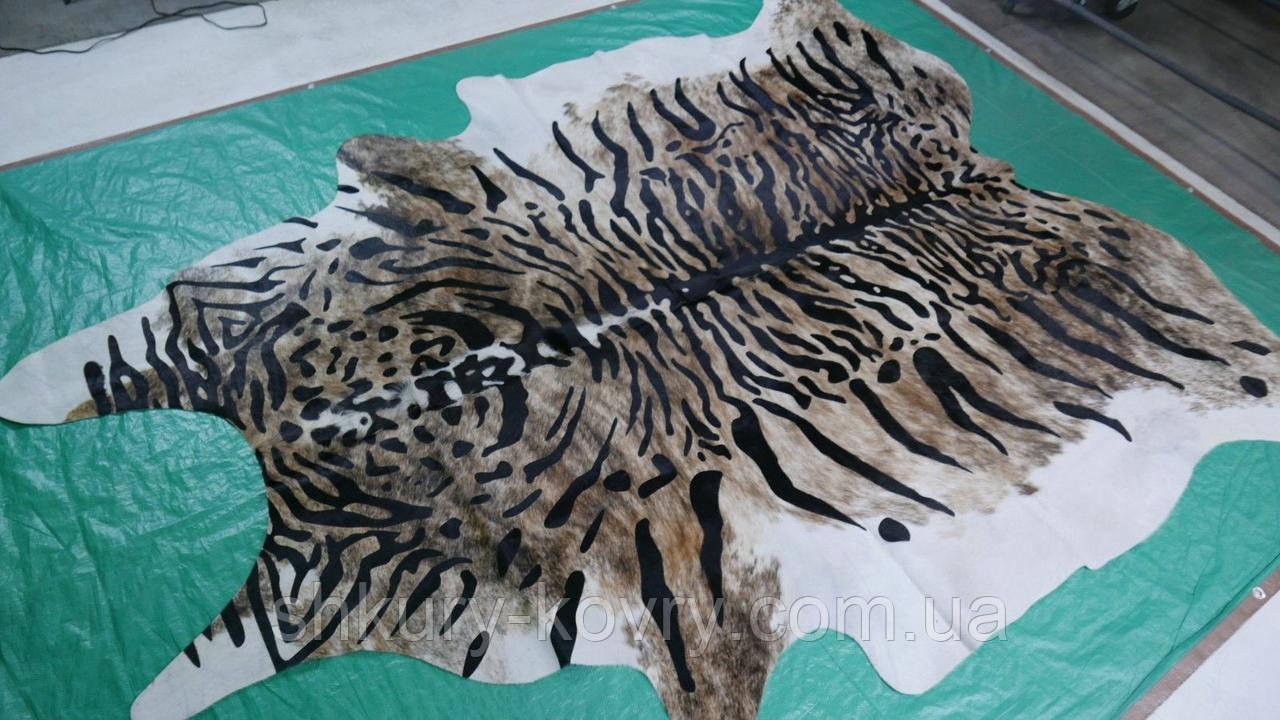 Красивейшая коровья шкура крашенная под бенгальского тигра
