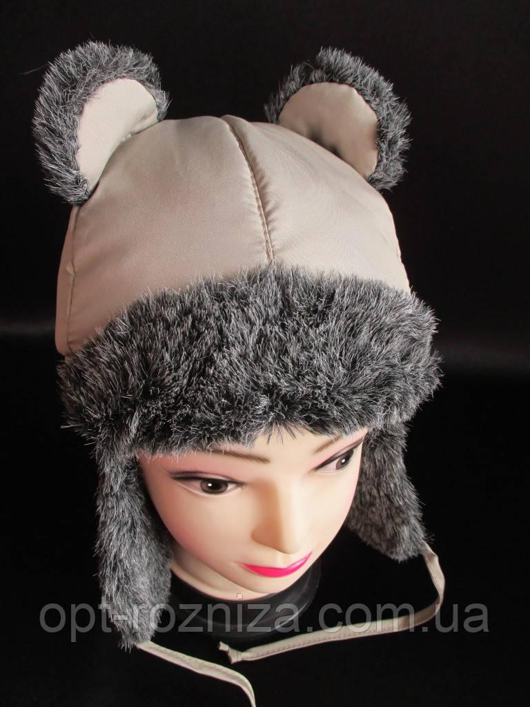 Теплі дитячі шапки з вушками.