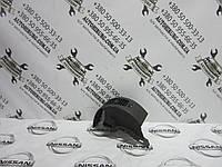 Дефлектор воздуха в салон Nissan Navara D40 (68761 EB3)