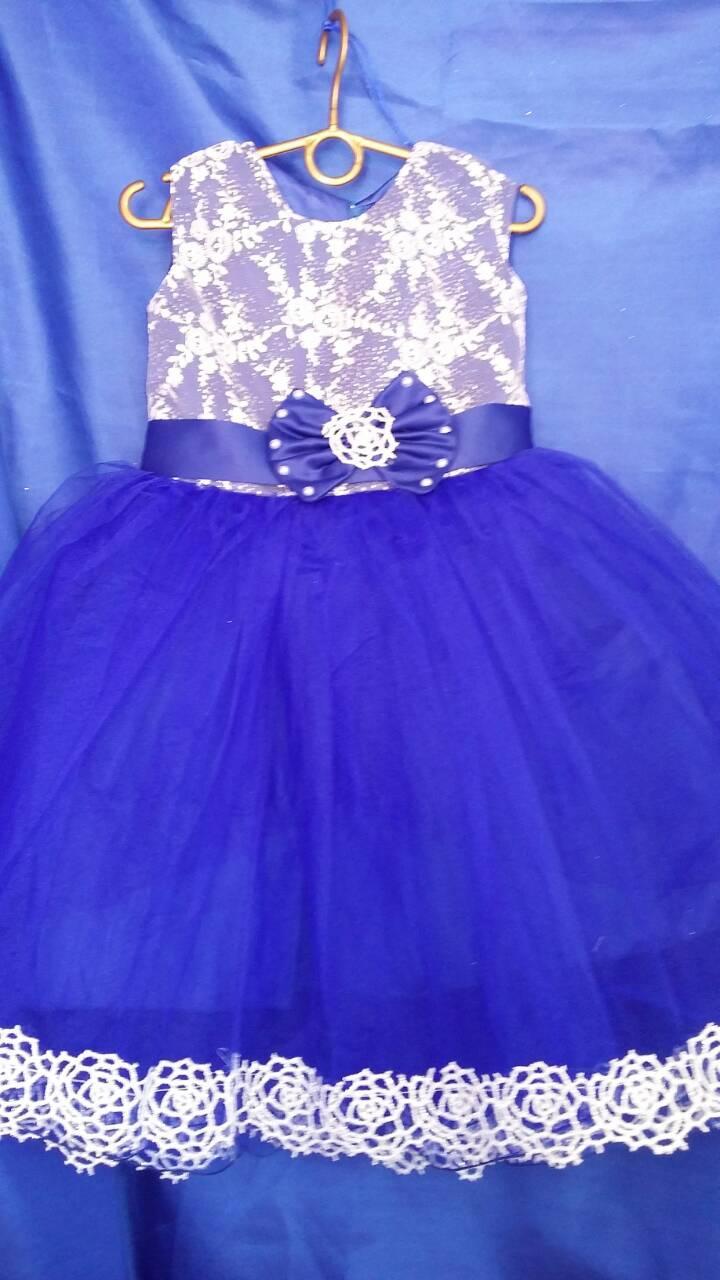 Платье детское нарядное 4-5 лет пышное