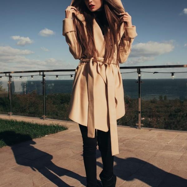 Короткое пальто с капюшоном ARM-0798