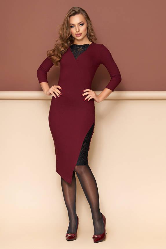 Нарядное платье футляр с гипюром бордо, фото 2