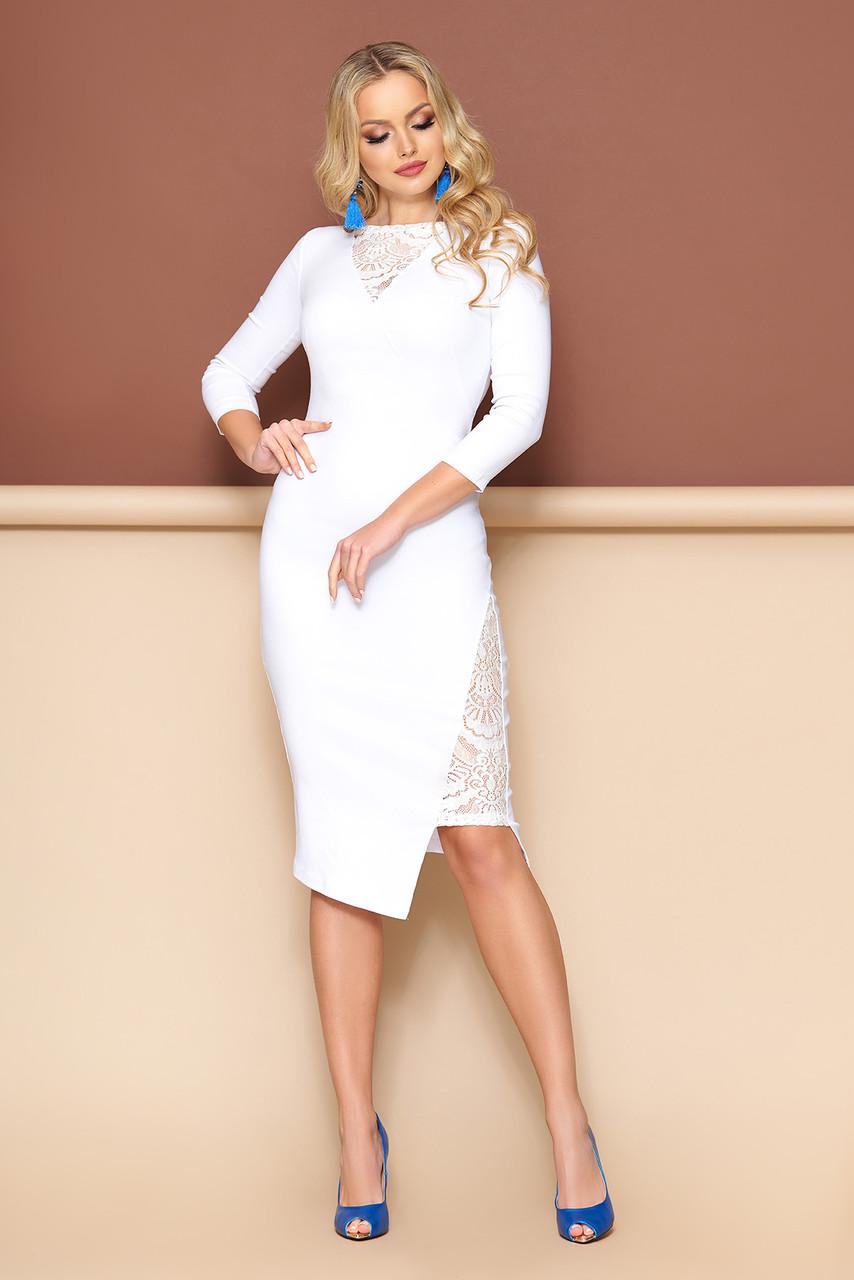 Нарядное белое платье футляр с гипюром