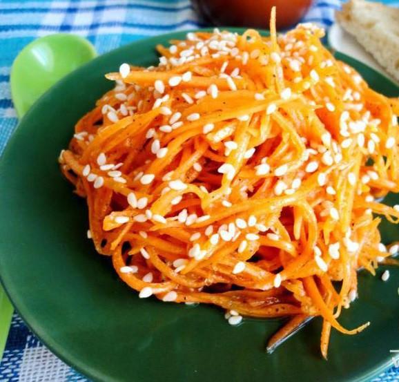 Морковка по-корейски с кунжутом 1кг (весовая)